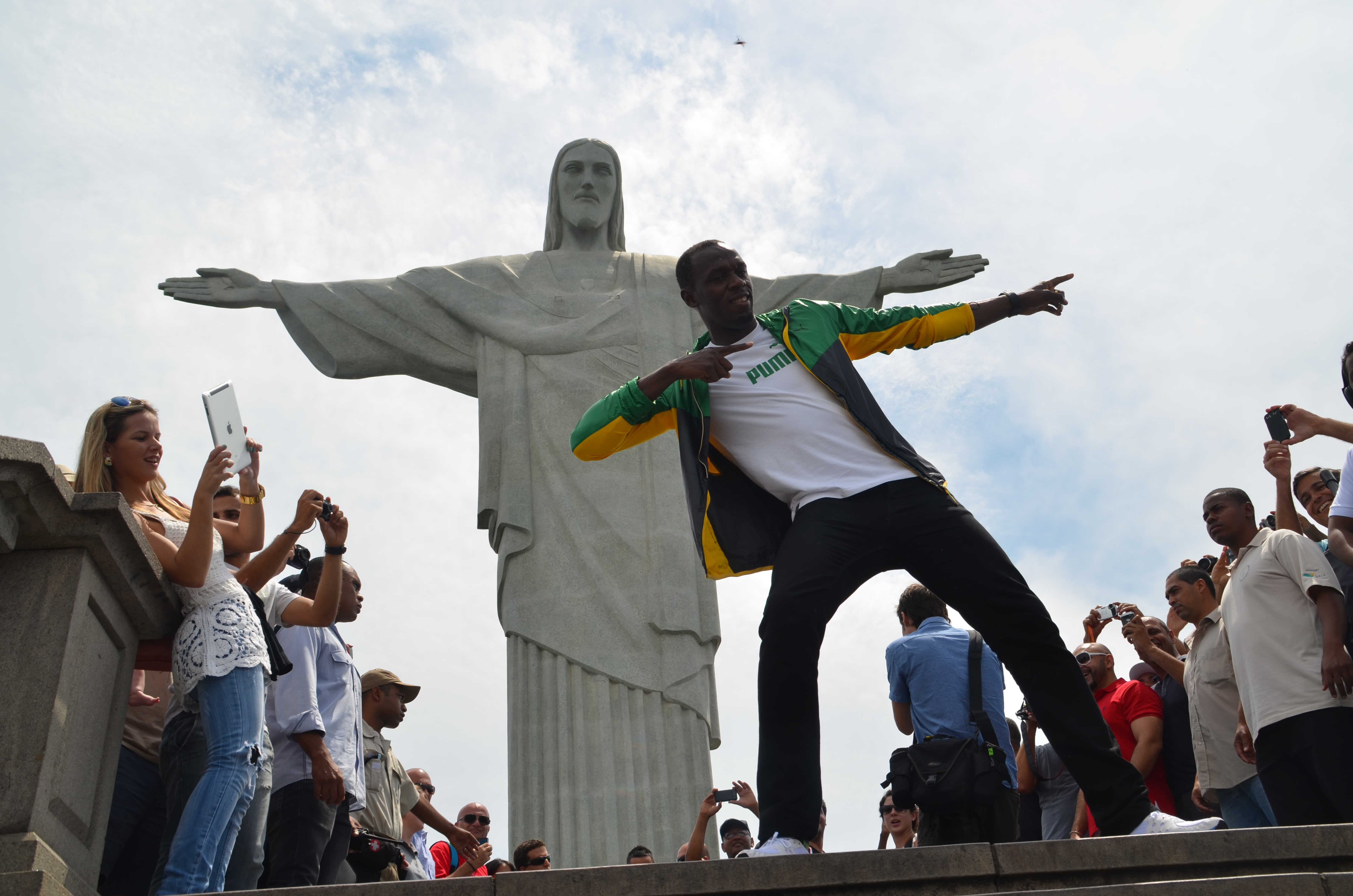 Usain Bolt to run 150m race on Copacabana beach