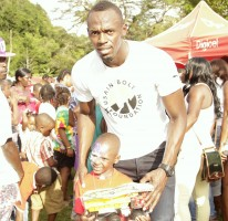 The Usain Bolt Foundation hosts Christmas Treat in Sherwood Content