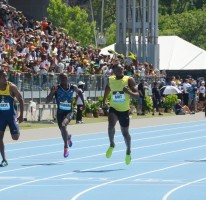 Usain wins 200m in New York